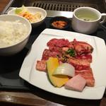 焼肉 笑山門 - 料理写真:
