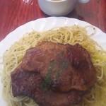 73973699 - 牛肉の薄切りステーキバターライスとスパゲティ添え(フルサイズ) 950円