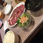 焼肉 おもに亭 西葛西店 - ランチの満足ステーキ定食(^∇^)