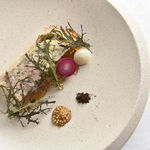 アルテリーベ - 駿河軍鶏のレバーとフォアグラのパテアンクルート、黒七味の香り