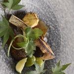 アルテリーベ - 炙り松茸、焼き雲丹、焼き栗、カリフラワーのムース
