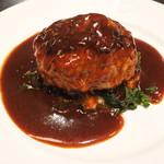 ビストロ石川亭  COREDO室町店 - ランチ:牛・豚・キャベツのハンバーグ デミグラスソース