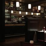 ウルフギャング・ステーキハウス - 店内 (カウンター&テーブル)