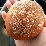 ドドさんのパン屋さん - 料理写真:牛すじ黒カレーパン