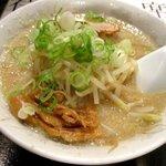鐵 - 料理写真:醤油ラーメン(ガッツリ)!