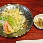 中華料理 八戒 - サラダ付