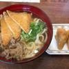 小麦冶 - 料理写真:肉うどん+きつね=380円 いなり 2個=100円