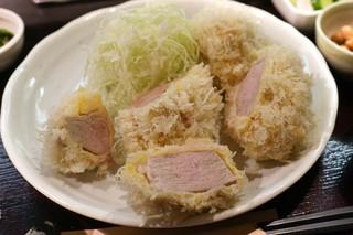 成蔵 - きら麦豚シャトーブリアン3個