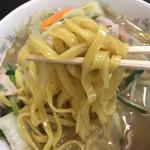 中華食堂仙成 - タンメンの麺