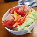 からし種 - 自家製野菜のサラダ、、、さすがに食べたわ