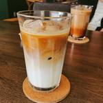 74003539 - アイスカフェラテにしました、やっぱり違うなー♡とっても美味しいです!