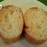 7402615 - ランチコース 1200円 のパン(お替わり自由)