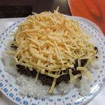 KING TACOS - タコライス+チーズは充分な量