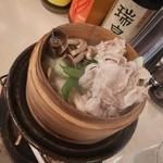 四季庵 - やまゆり豚と秋野菜せいろ蒸し(500円外税)