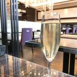ジョーズ シャンハイ ニューヨーク - シャンパンでゆったり