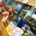 沖縄そばの店マドカ - 内観