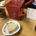 高橋 - 蕎麦湯とデザートのシフォンケーキ