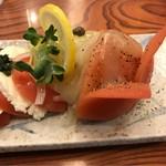 74041101 - 埼玉県産とまとモッチャレラのわさびーぜ。                       美味し。