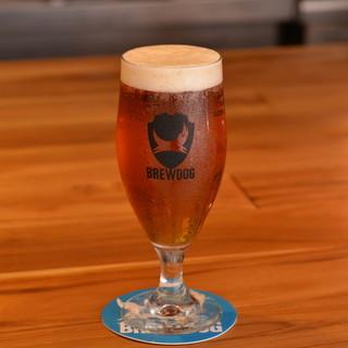 """クラフトビール""""BrewDog""""の生ビール"""