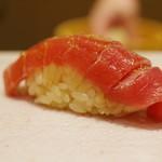 Sushi Ichizu - 鮪中トロ