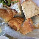 7405428 - 最初のパン