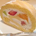 むすびcafé - ロールケーキです。