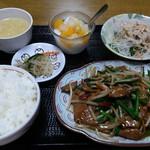 台湾料理 全家福 - 料理写真:レバニラ定食。