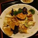 味蔵 - 特製ラーメンセット(960円) 回鍋肉丼