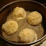 味蔵 - 小籠包(450円)