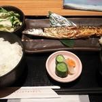 はなの舞 - 本日の焼き魚サンマ750円税込