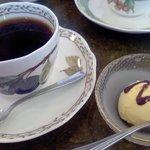 壱番館 - セットの珈琲とアイス