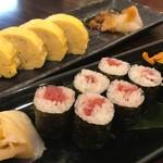 74067130 - お寿司も美味しい