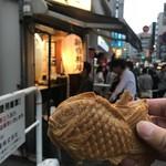 新宿椿庵 - 薄焼きのカスタード(170円)
