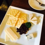 74068089 - チーズ3種盛り