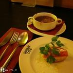 ペンギン カフェ - お得set ( 698円 )  選べる前菜 生ハムのブルスケッタ &オニオングラタンスープ