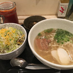 ゆいま~る食堂 - 沖縄そばとミニタコライス