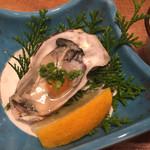 大庄水産 - 小さな生牡蠣