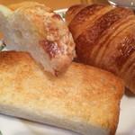 74082844 - パンは自家製で好きなパンを好きなだけ。