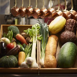 野菜ソムリエが厳選した新鮮京野菜のみを使用!