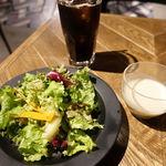 THE RALLY TABLE - ヒーコーにダーサラ、プースー