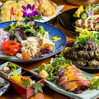 当店は高級地鶏『阿波尾鶏』使用店。地鶏創作料理を多数ご用意!