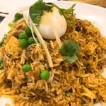ケララバワン - てっぺんにゆで卵