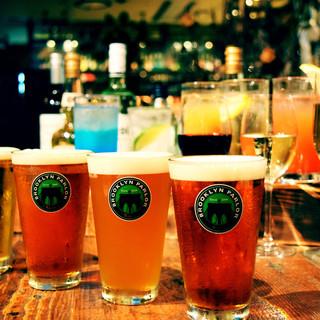 クラフトビール3種とバーテンの作る本格カクテルをご用意!