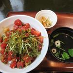 黒田節 - 通常のまぐろ丼は650円ですが、 今回は2倍のまぐろが入っている『Wまぐろ丼』850円にしました。