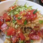 黒田節 - 名物のまぐろ丼です。 九州・福岡はマグロ文化ではないので、まぐろ丼があるお店はまだまだ珍しいです。