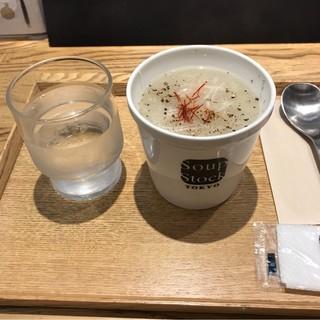 スープストックトーキョー CIAL桜木町店 - 東京参鶏湯。 税込630円。 美味し。