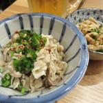 もつ鍋一慶 - 酢もつ。 博多の居酒屋やもつ鍋屋の定番つまみです。