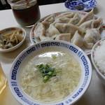 万里長城 - 水餃子定食¥580