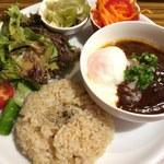 ククル - 玄米プレートA・味噌煮込みハンバーグ