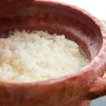 めし屋 仙瑞 - 料理写真:無農薬コシヒカリ&ミルキークイーン米を、信楽焼の米飯専用特注土鍋で炊き上げます